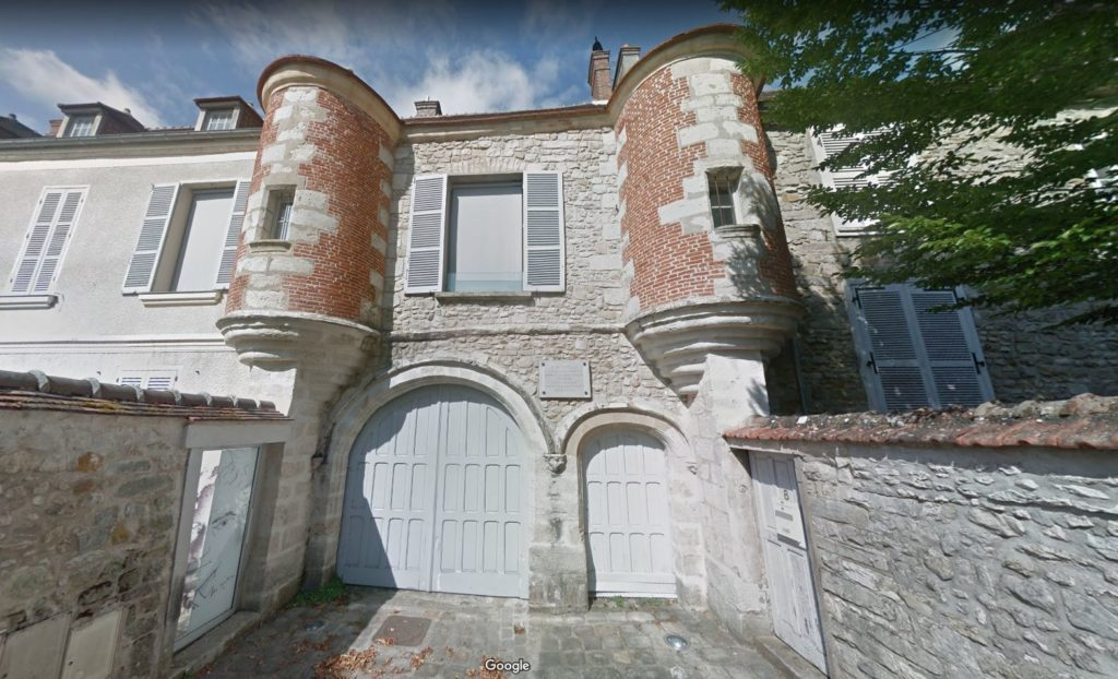 Exterior of Jean Cocteau House, as seen on Google Street View.