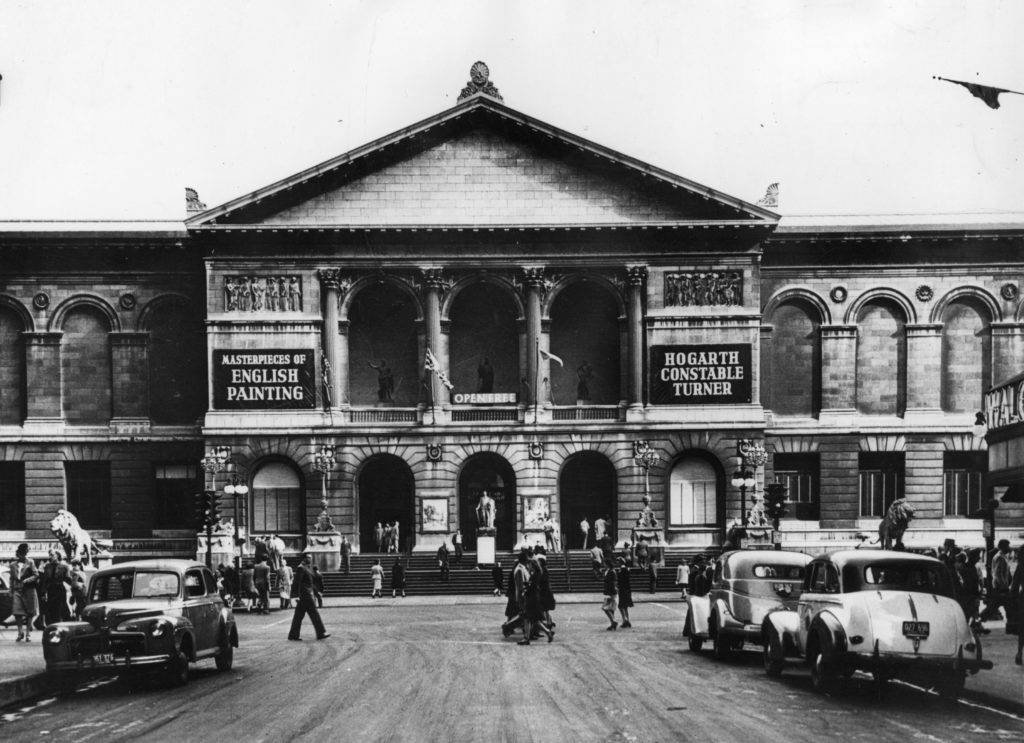 The Art Institute of Chicago as seen in 1946. when an exhibition of paintings by Hogarth, Constable, and Turner was showing. (Photo by Keystone/Getty Images)