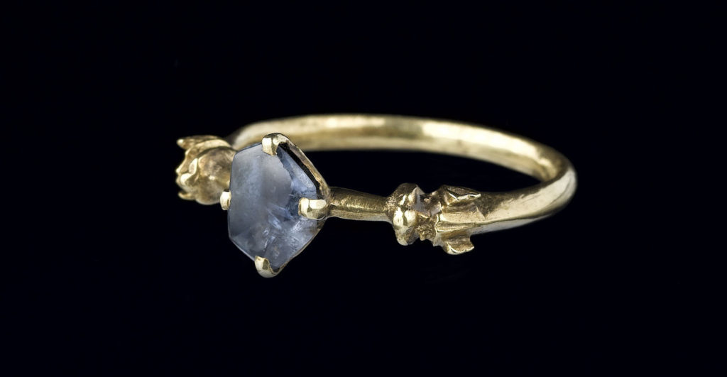 Sapphire ring from the Colmar Treasure (circa 1325–50), from the collection of the Musée de Cluny–Musée National du Moyen Âge. Photo ©RMN-Grand Palais/Art Resource, New York.