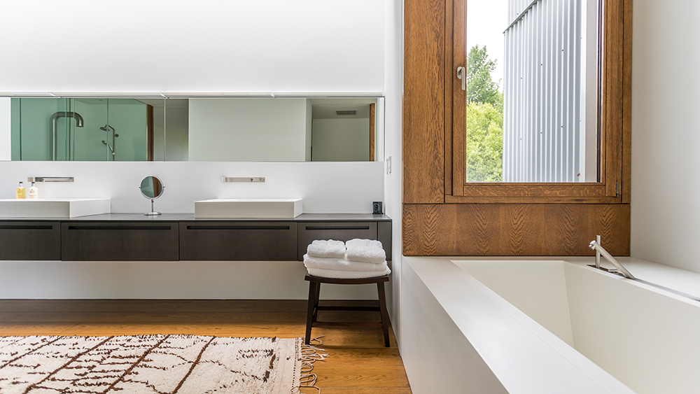 The master bathroom at the Tsai Residence, designed by Ai Weiwei and HHF Architects. Photo by Michael Bowman Photography.