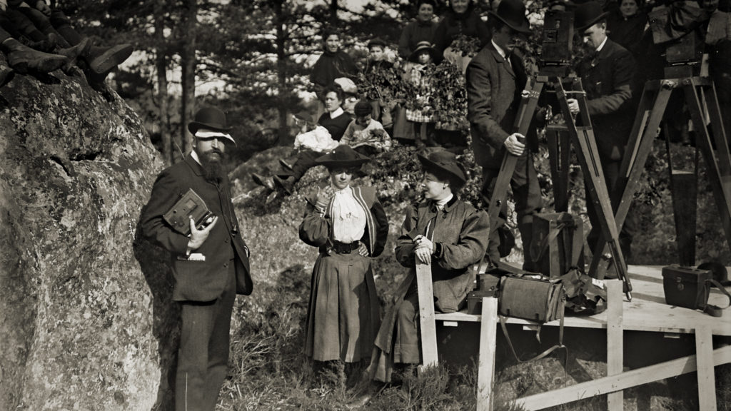 Alice Guy Blaché on the set of her film <em>Life of Christ</eM> (1906) in the documentary <eM>Be Natural: The Untold Story of Alice Guy-Blaché</em>. Courtesy of Zeitgeist Films/Kino Lorber.